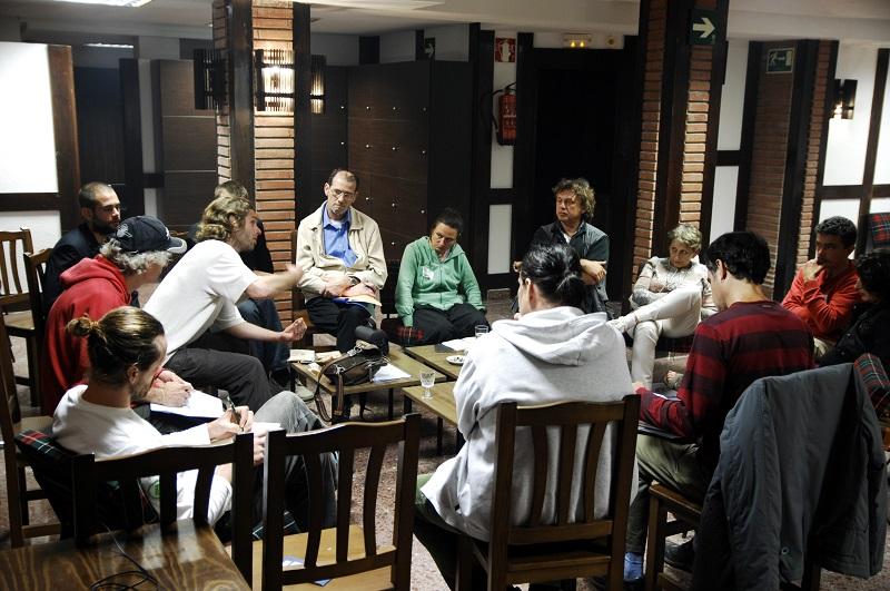 meeting1kl.jpg