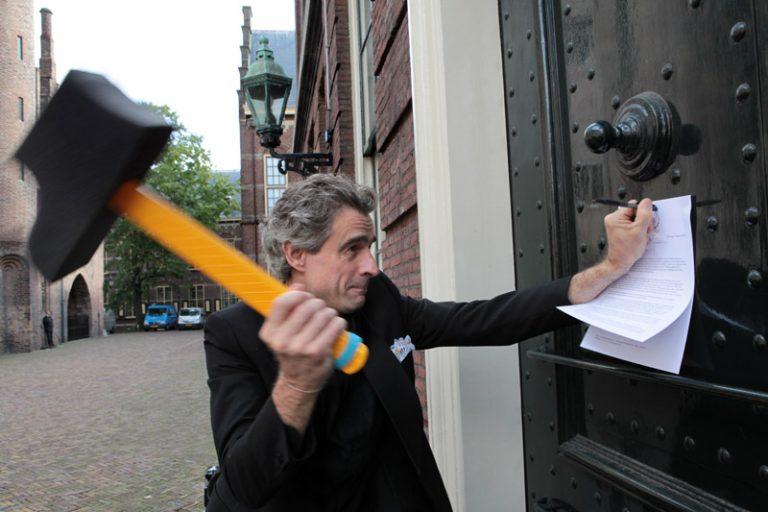joep_oomen_voc-protest-den_haag_13092010_foto_juriaan_brobbel-768x512.jpg